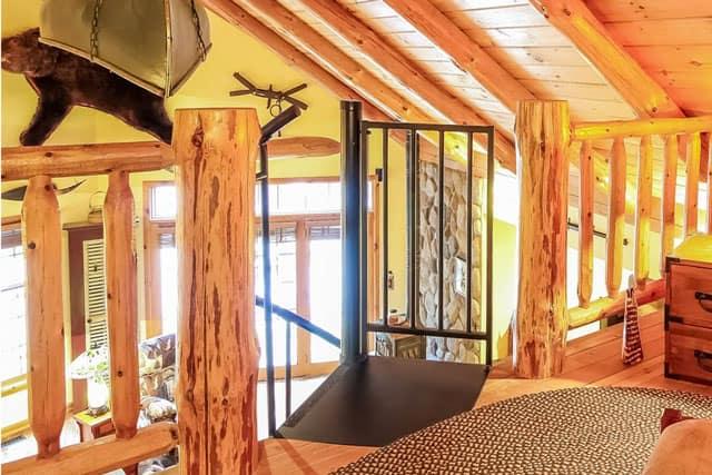cabin loft platform