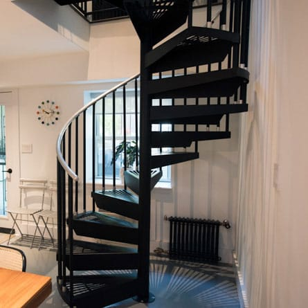 manhattan-condo-spiral-stair
