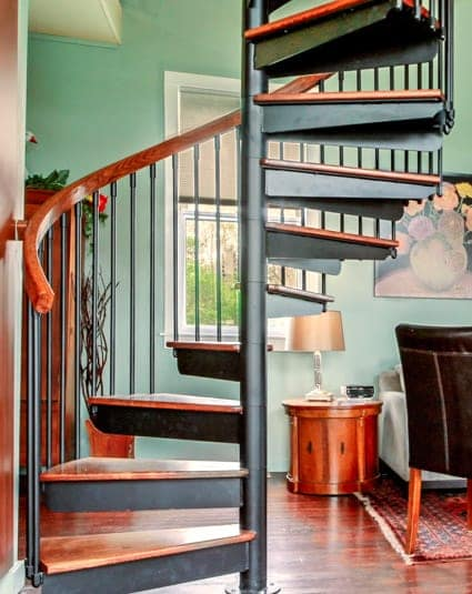 the-carrington-spiral-stair-column