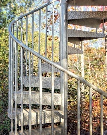the-adventurer-spiral-stair-column