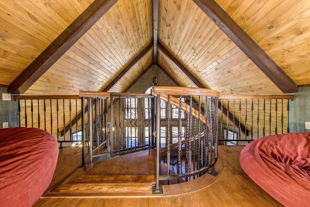 circular loft platform railing