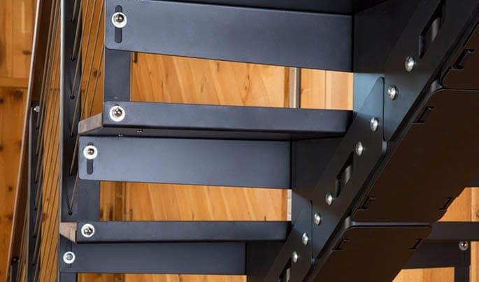 adjustable-the-premium-straight-stair