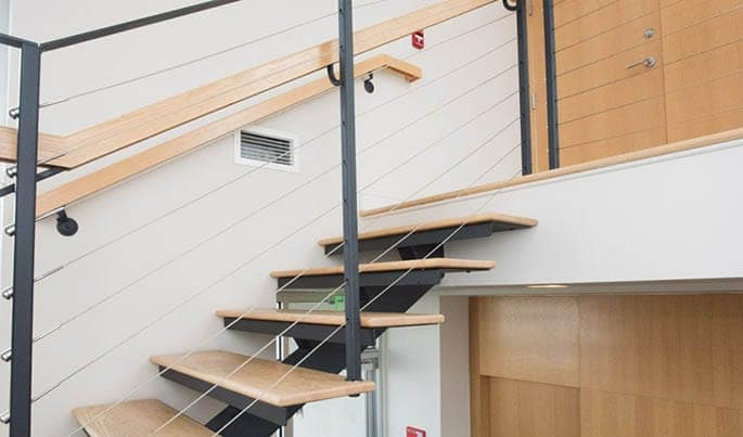 minimalist-the-debutante-straight-stair