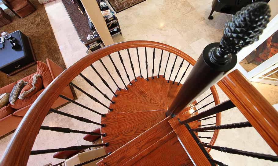 designs-the-tuscan-spiral-stair