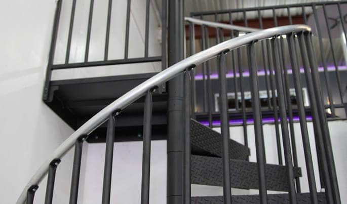 durable-the-shopmaster-spiral-stair
