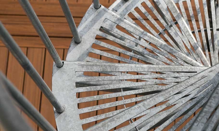 durable-the-stratus-spiral-stair