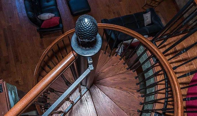 victorian-the-lodge-spiral-stair