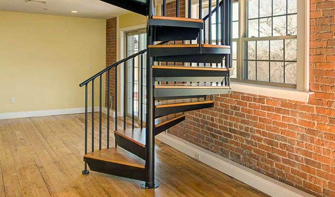 traditional-the-downtown-spiral-stair