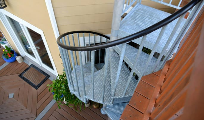 maintenance free galvanized spiral staircase